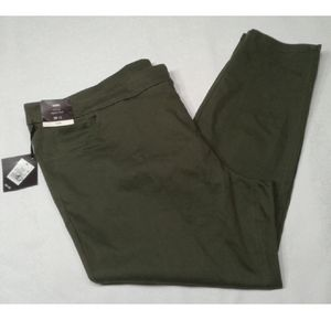 New Ava & Viv pull on ankle chinos olive p…
